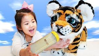 furReal Playful Tiger doll Cuty Pet