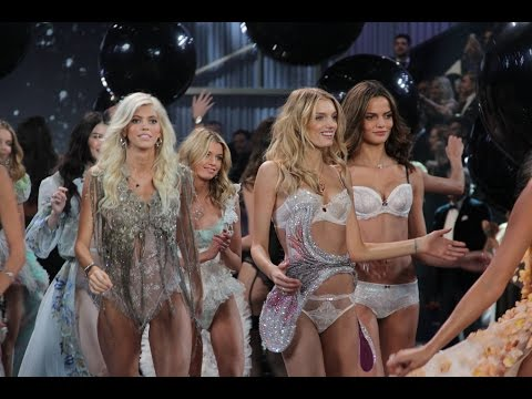 VICTORIA'S SECRET LIVE - FASHION SHOW 2014 - 2015 - before the Fashion Show