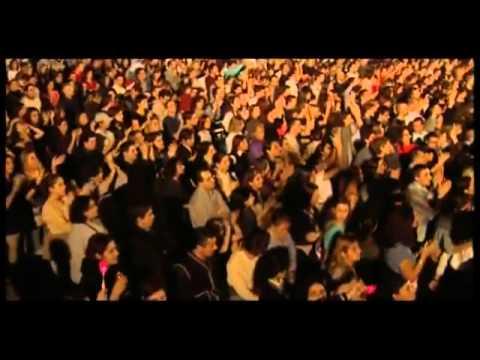 Laura Pausini   Live 2001 2002 World Tour Full Concert) )2