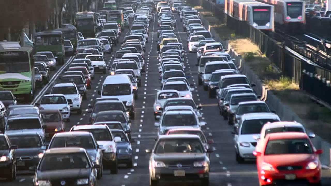 Resultado de imagen para tráfico de coches
