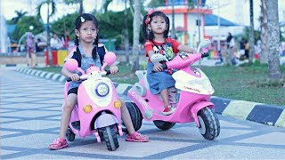 Download Mp3 Hana Naik Sepeda Motor Listrik 🏍  Naik Motor Skuter Anak | Permainan Anak Motor