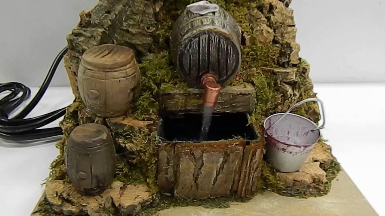 Vinaio funzionante con pompa riciclo acqua cm14x20x16 for Fontana presepe fai da te