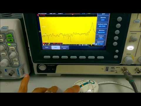 GW Instek GDS-1000B vs Rigol DS-1000Z in FFT mode using FM transmitter
