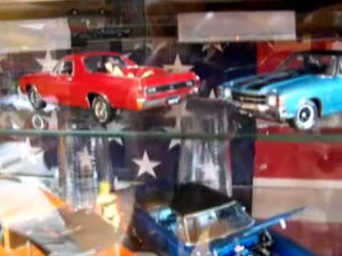 Muscle Car Collection 1 18 And 1 24 Scale Diecast Youtube