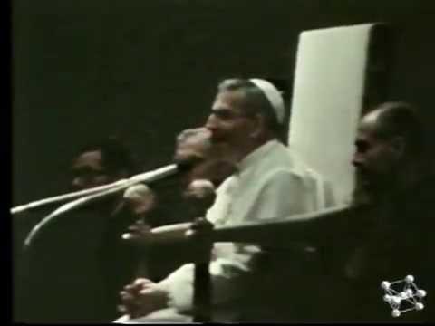 Papa Luciani recita la poesia di Trilussa