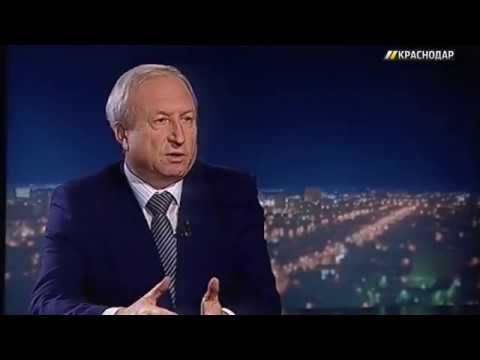 Вячеслав Максимов, начальник отдела по защите прав потребителей управления по социальным вопросам