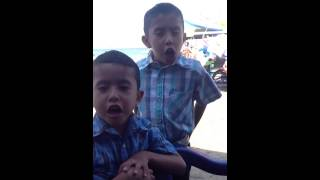 El señor de las lata y los niños (grupo compadres) Playa LA