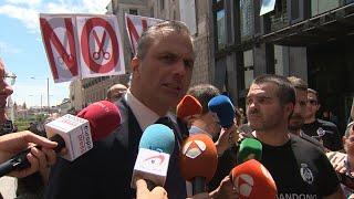 Ortega Smith muestra su apoyo a los funcionarios de prisiones