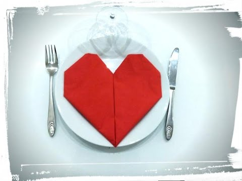 Saint valentin pliage serviette coeur origami deco de table youtube - Deco de table serviette ...