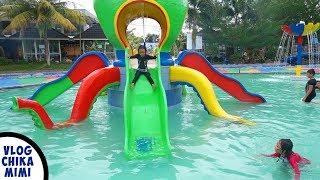 Chikamimi Bermain Perosotan Air dan Berenang di Waterpark