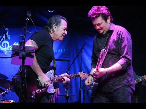 ''ROCK BOTTOM'' - TOMMY CASTRO & MIKE ZITO @ Callahan's, April 2017