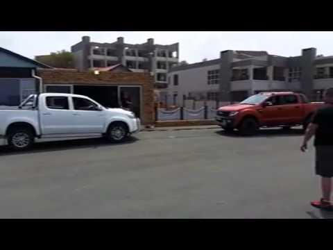 Ford ranger Vs Toyota hilux 2014