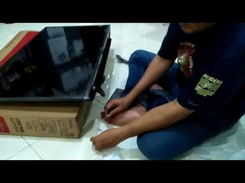 Unboxing Sharp Aquos 40 inch