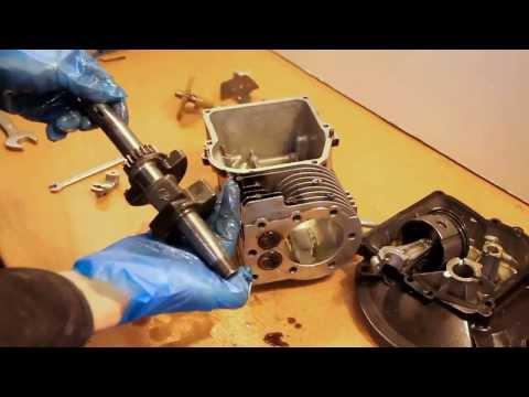 Engine Rebuild: Briggs and Stratton Mower Rebuild with Narration - Part 1
