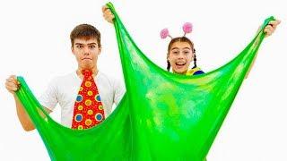 Historia de Nastya Artem y Mia para niños sobre juguetes nuevos de limo y un trampolín