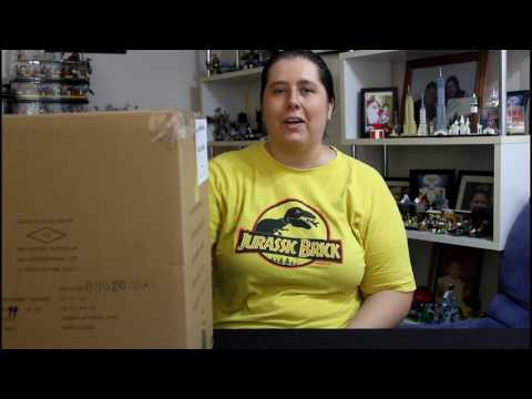 What's In The Box? LEGO Box Unboxing- Toys R Us Layby