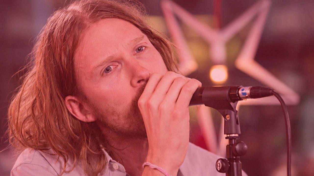 deportees-islands-and-shores-live-musikhjalpen-2015-musikhjalpen