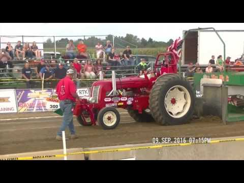 V8 HOT ROD TRACTORS LYNN, INDIANA LYONS CLUB PULL DCTPA SEPT 9, 2016