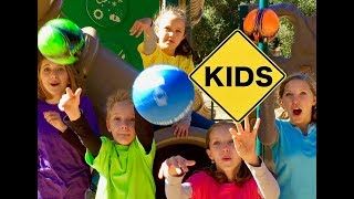 Learn Colors! Bouncy Playground with Sign Post Kids!