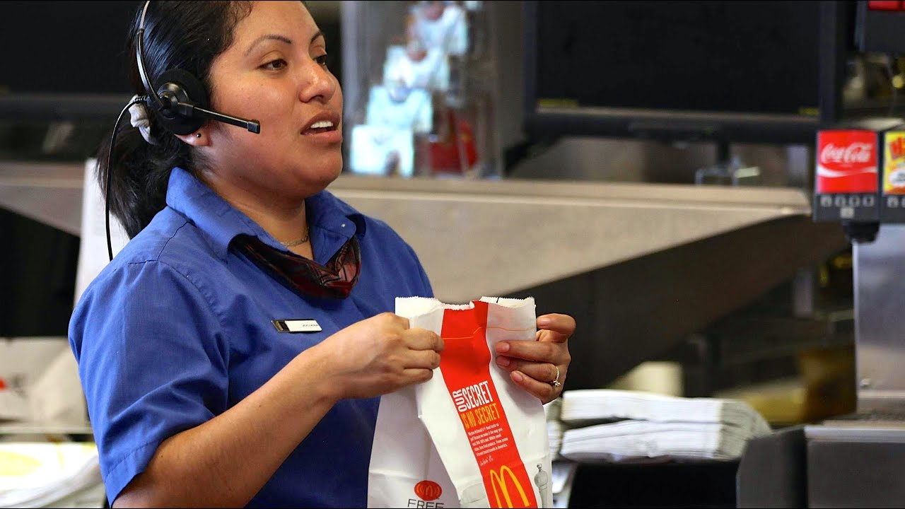 City's Minimum Wage To Rise To $14 Saturday