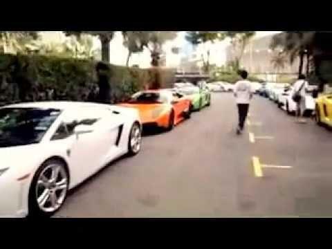 Siêu xe Lamborghini tụ hội 50 xe ở Singapore