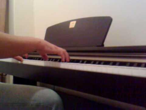 Como el sol inesperado - Laura Pausini - piano cover, clavinova, clp 320
