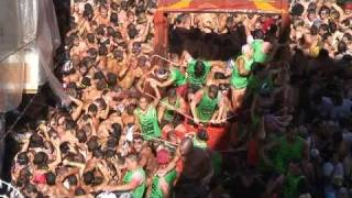 How To Enjoy The Spanish Festival - La Tomatina