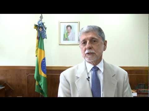 Mensagem de fim de ano do ministro da Defesa, Celso Amorim