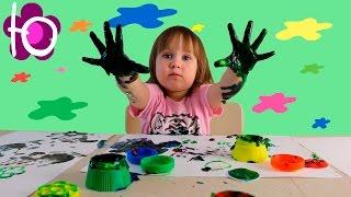 Юля рисует Пальчиковыми Красками