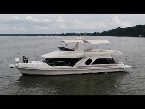 2002 Bluewater Yachts 5200 LE Custom - BLUEWATER offered by Kyle (SOLD!!!) Leeper