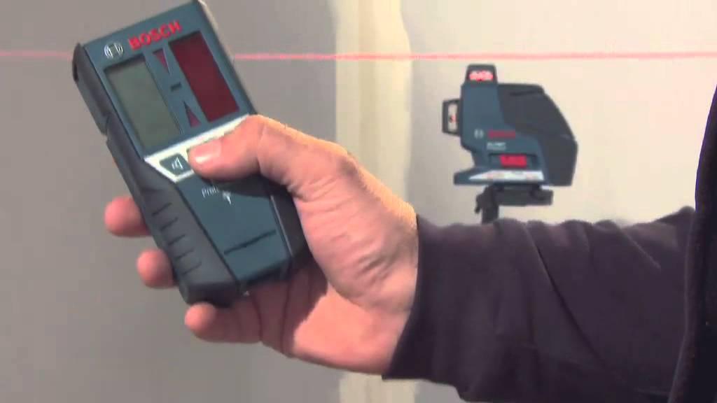 Utilisation du laser bosch gll 3 80 p youtube for Trepied pour laser bosch
