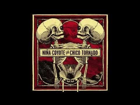 NIÑA COYOTE  eta CHICO TORNADO - Desert Tornado