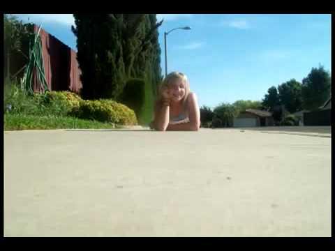 Ashley Simpson- Lala (music video)
