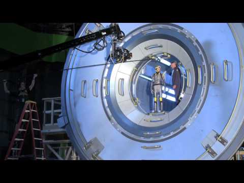 Ender's Game: Director Gavin Hood Interview With Behind The Scenes