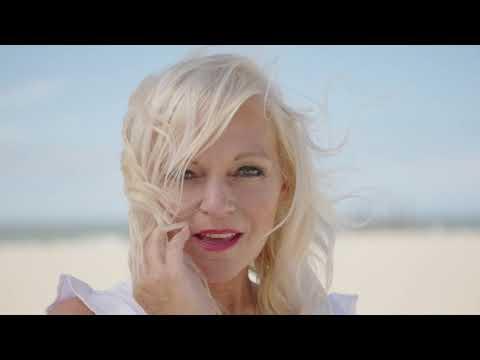 VIDEOCLIP: Ella Luna - Ik mis je zo