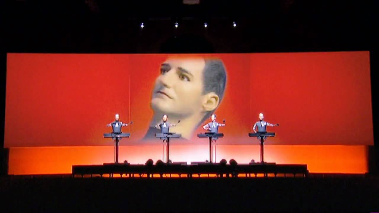 Kraftwerk - The Robots (live) [HD]