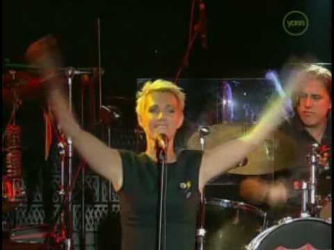 Roxette - Dressed For Success (Live In Barcelona 2001)