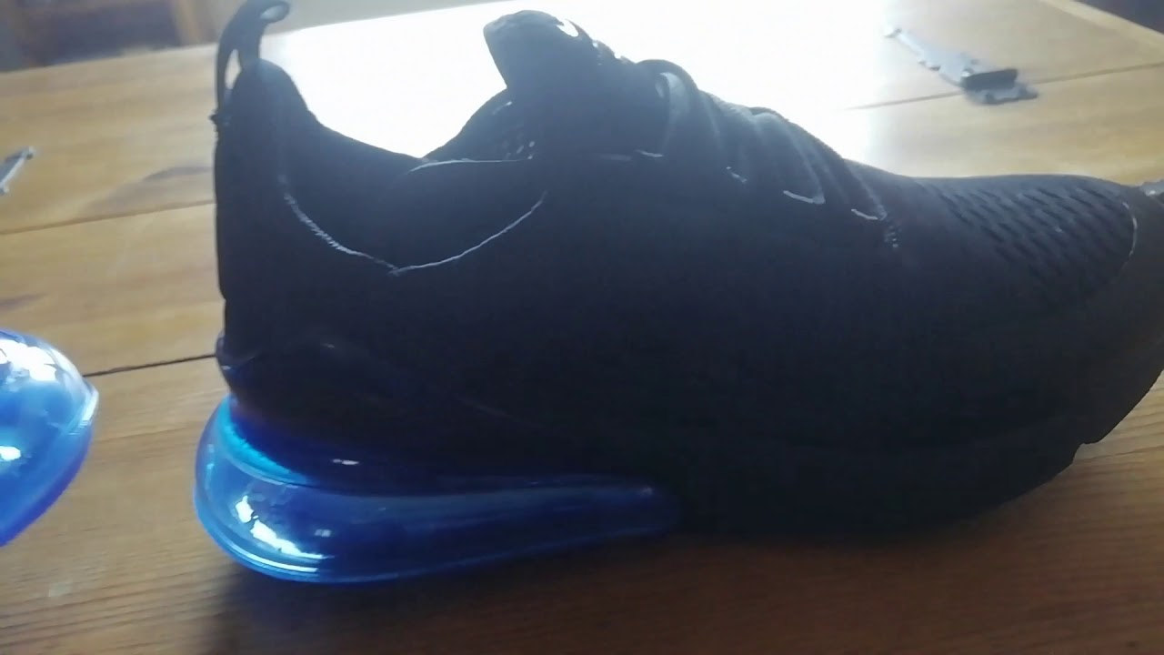 design intemporel 2278f bc2b5 Mes nouvelle Nike Air max 270 bleu noir