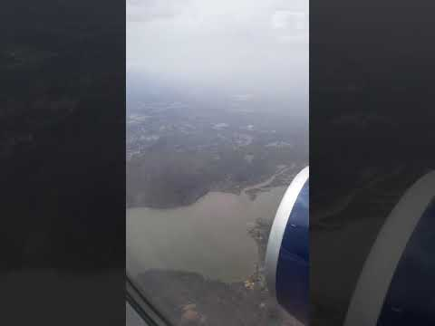 Landing at Ronald Reagan Washington International Airport