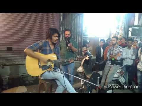 Omg What A voice || Street Singer ....``Shiv Tandav'' || Professionally Played Guitar
