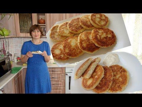 Нежные сырники/творожники на сковороде.