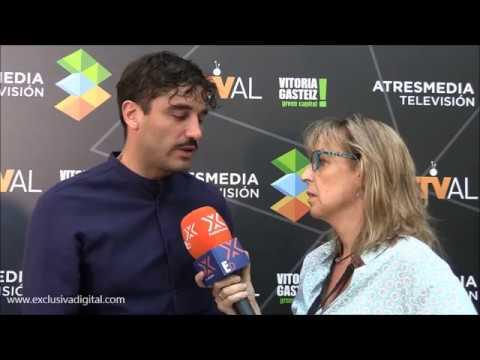 Alex Garcia se emociona hablando de su chica Veronica Echegui en entrevista de TIEMPOS DE GUERRA