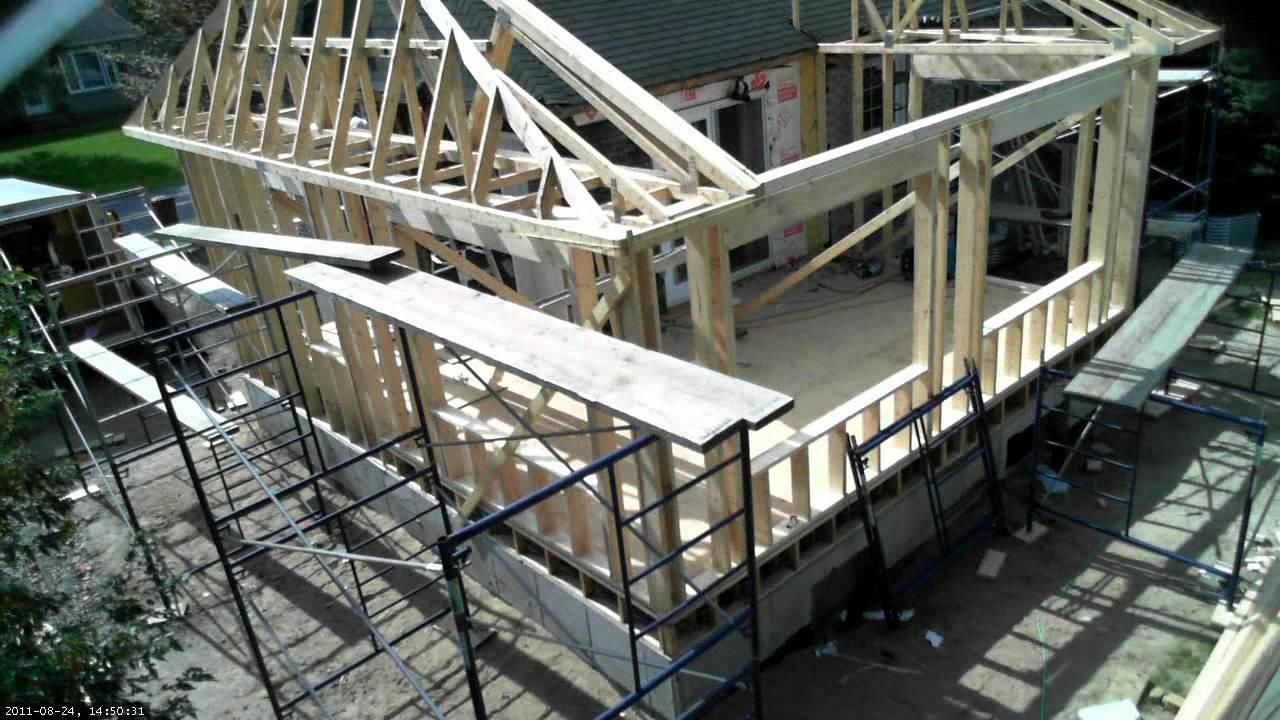 11 installer des fermes de toit en 3 minutes youtube. Black Bedroom Furniture Sets. Home Design Ideas