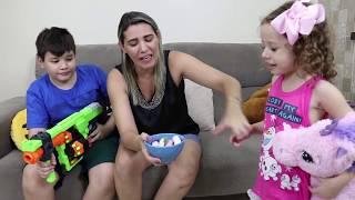 DOCES VS NERF - EXPERIMENTANDO DOCES/BALAS FINI