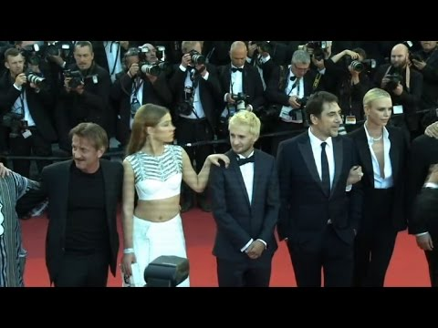 """Sean Penn and cast for 'The Last Face"""" hit red carpet"""