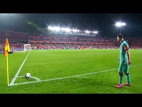 Gol-gol Messi yang mempermalukan lawan! (video)