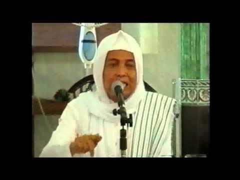 Video KH Asrori Al-Ishaqi @Lamongan 2004 - Pengajian Akbar