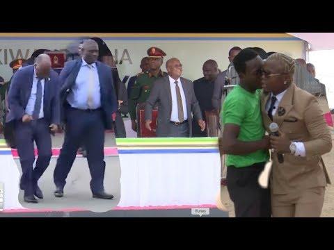 Download FULL HD VIDEO: HARMONIZE ALIVYOMCHEZESHA MAGUFULI KWANGWARU, JAMAA ALIELETA FUJO