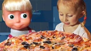 Maša i Sonja prave PICU! Video za decu Sonjine Avanture / Masha and The Bear PIZZA Маша и Медведь thumbnail