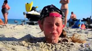 ПОТЕРЯЛА СОЗНАНИЕ Нас зарыли в песок Челленж 24 часа зарыты в песке На море